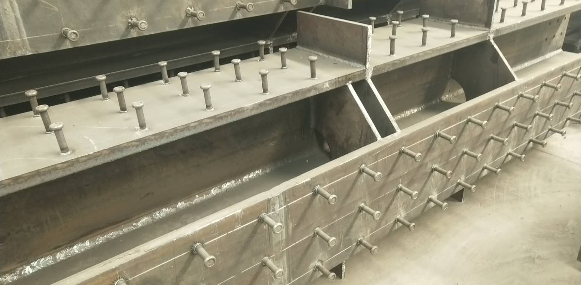 榆林钢结构|东胜钢结构|乌海钢结构|包头钢结构|内蒙古远拓钢结构工程有限公司